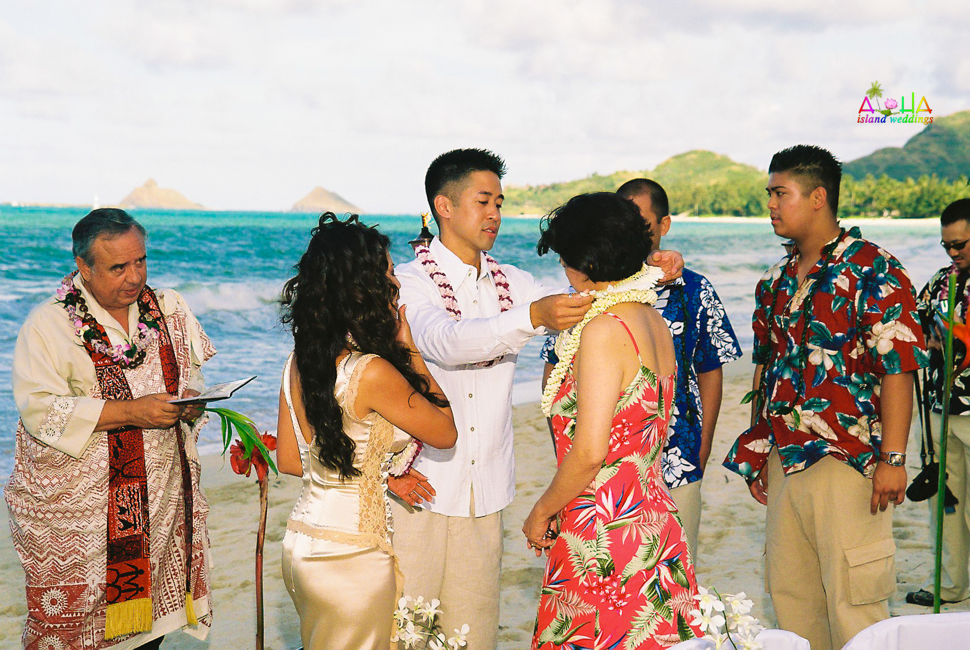 Beach wedding in Kailua-53