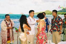 Beach wedding in Kailua-53