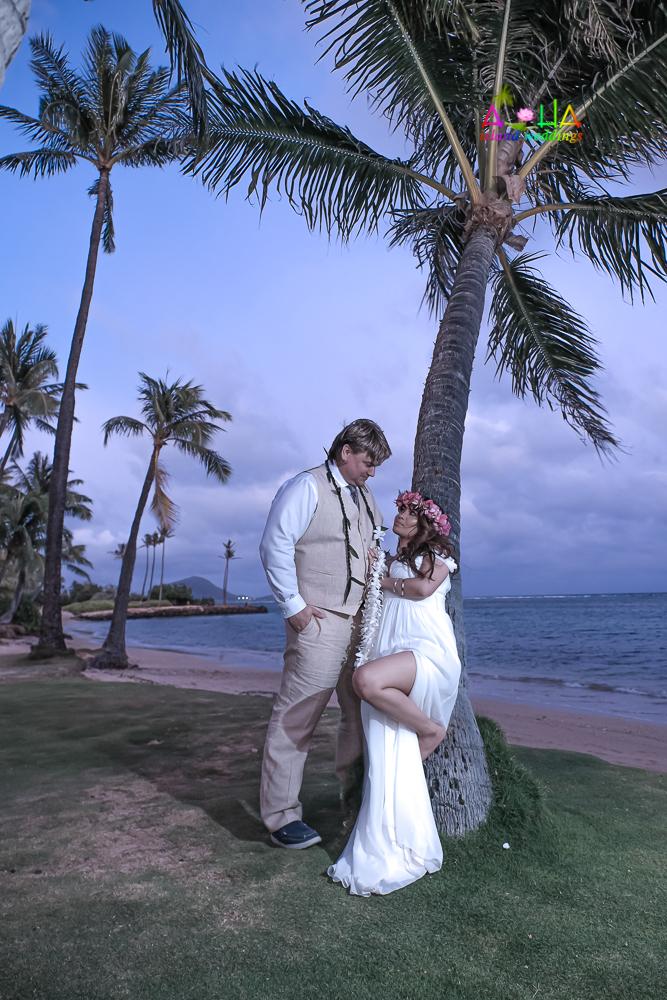 Waialae beach wedding-79