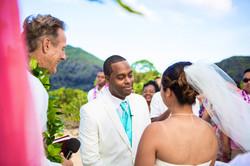 Alohaislandweddings.com- Ohana Oahu wedding-10