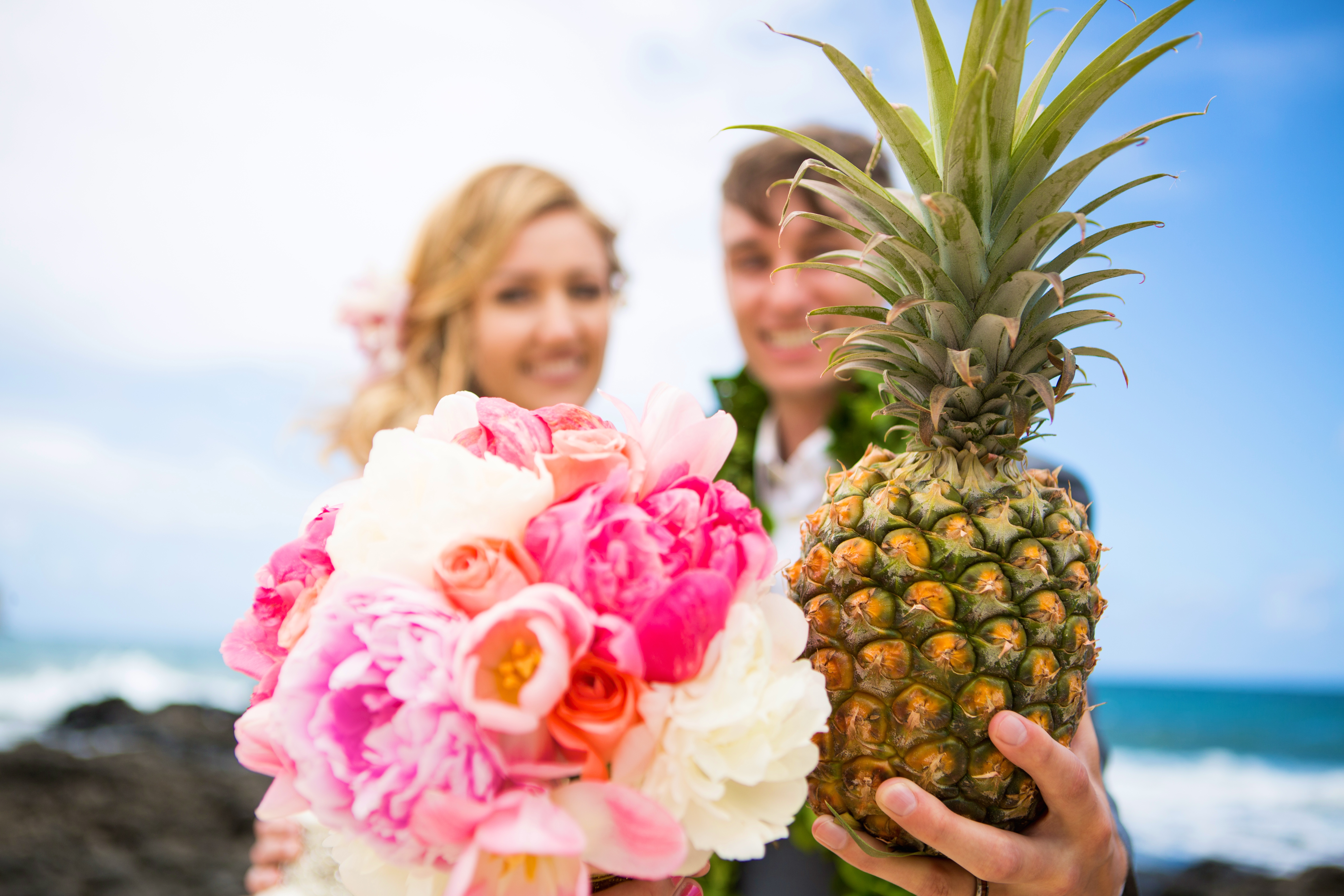 Hawaiian Wedding Pictre Romance -16