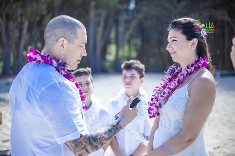 Wewdding-photography-Hawaii-23.jpg