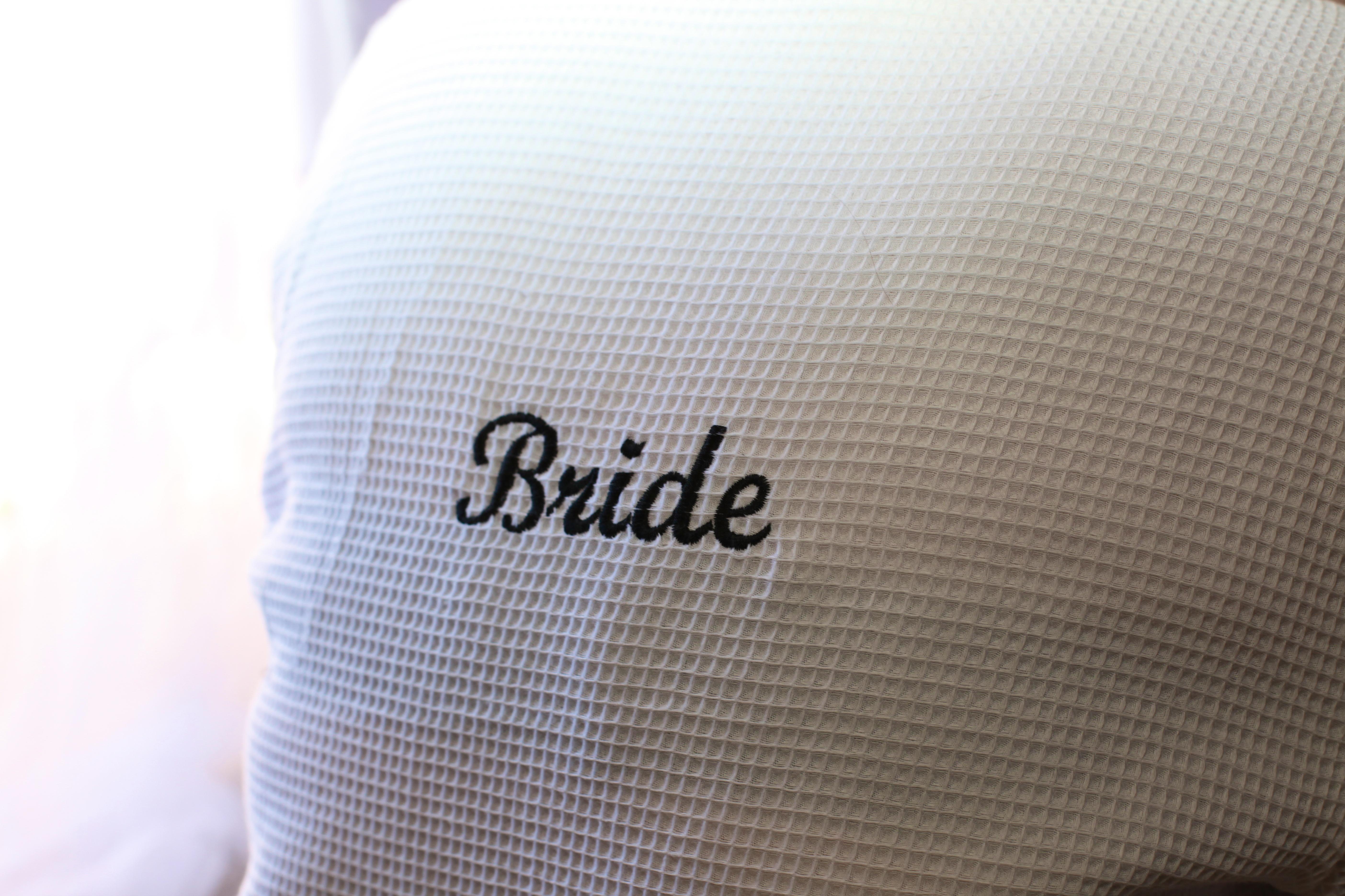 Alohaislandweddings.com- Pre wedding In The hotel room -1