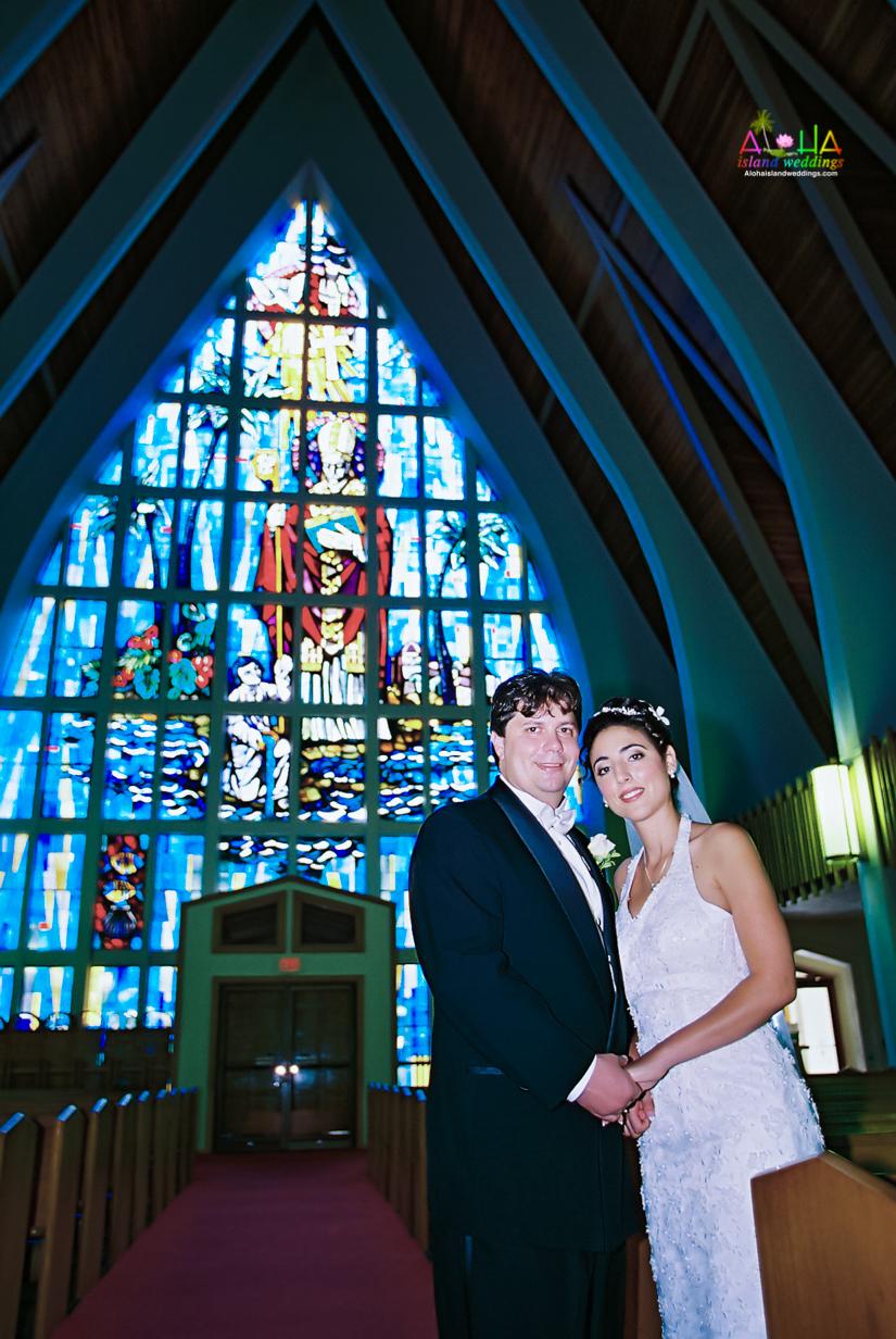 Hawaiian Church Wedding on Oahu-26