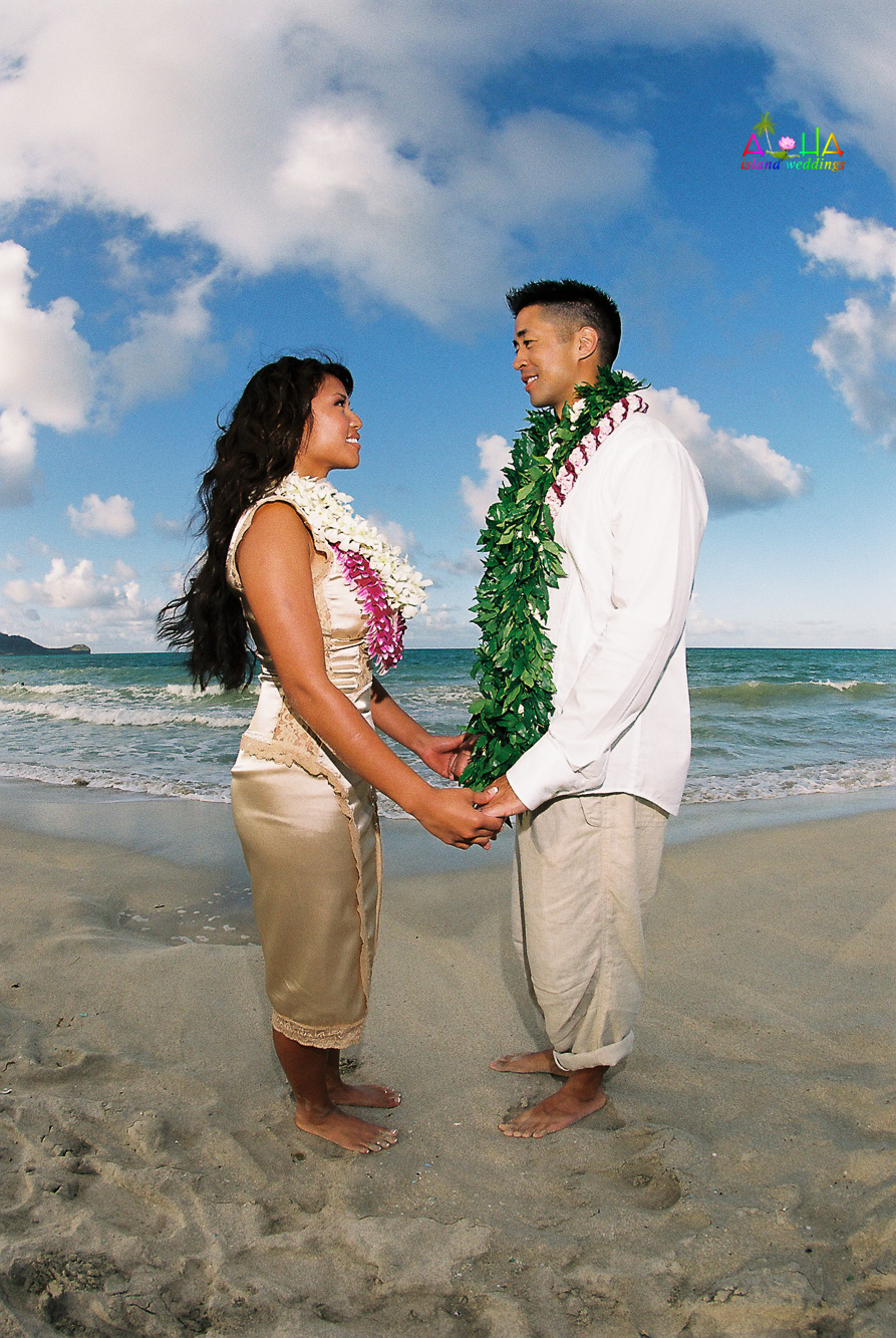Beach wedding in Kailua-63