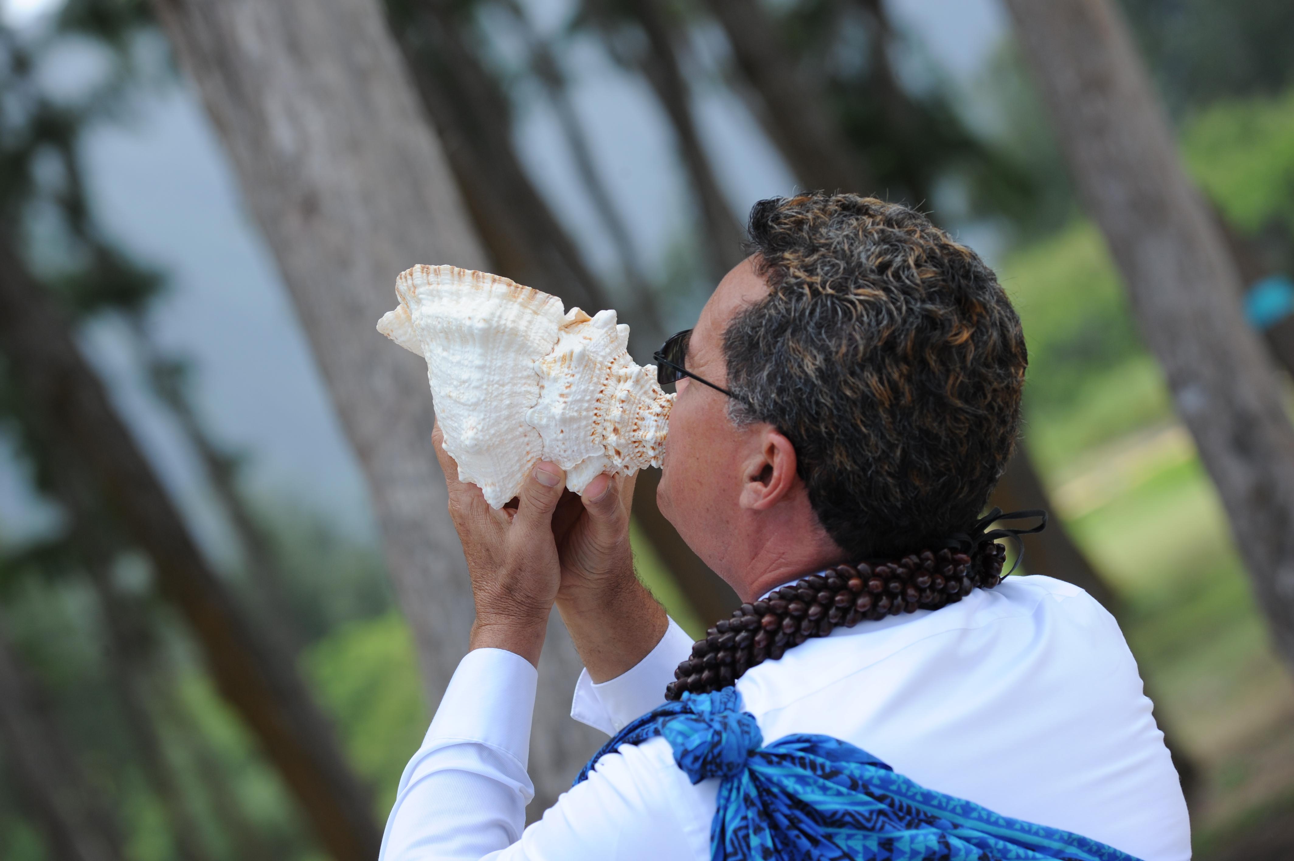 Alohaislandweddings.com- Hawaiian wedding in hawaii-55