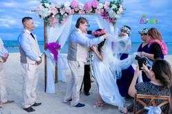 Waialae beach wedding-34