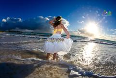 Sunrise-wedding-in-Hawaii-26.jpg