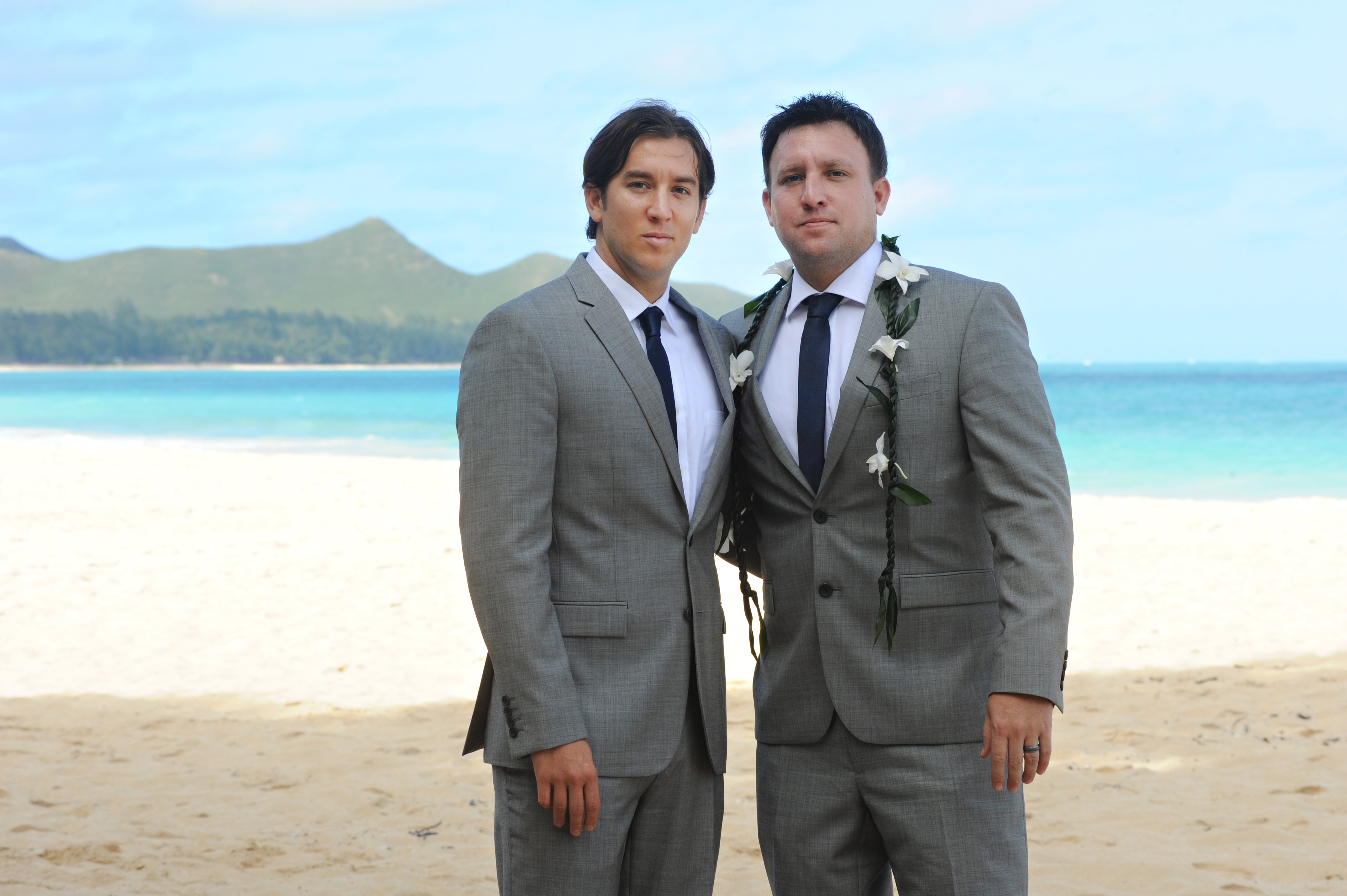 wedding In Hawaii -Bride -maids-5