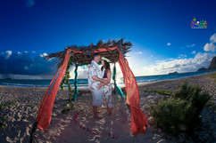 Sunrise-wedding-in-Hawaii-15.jpg