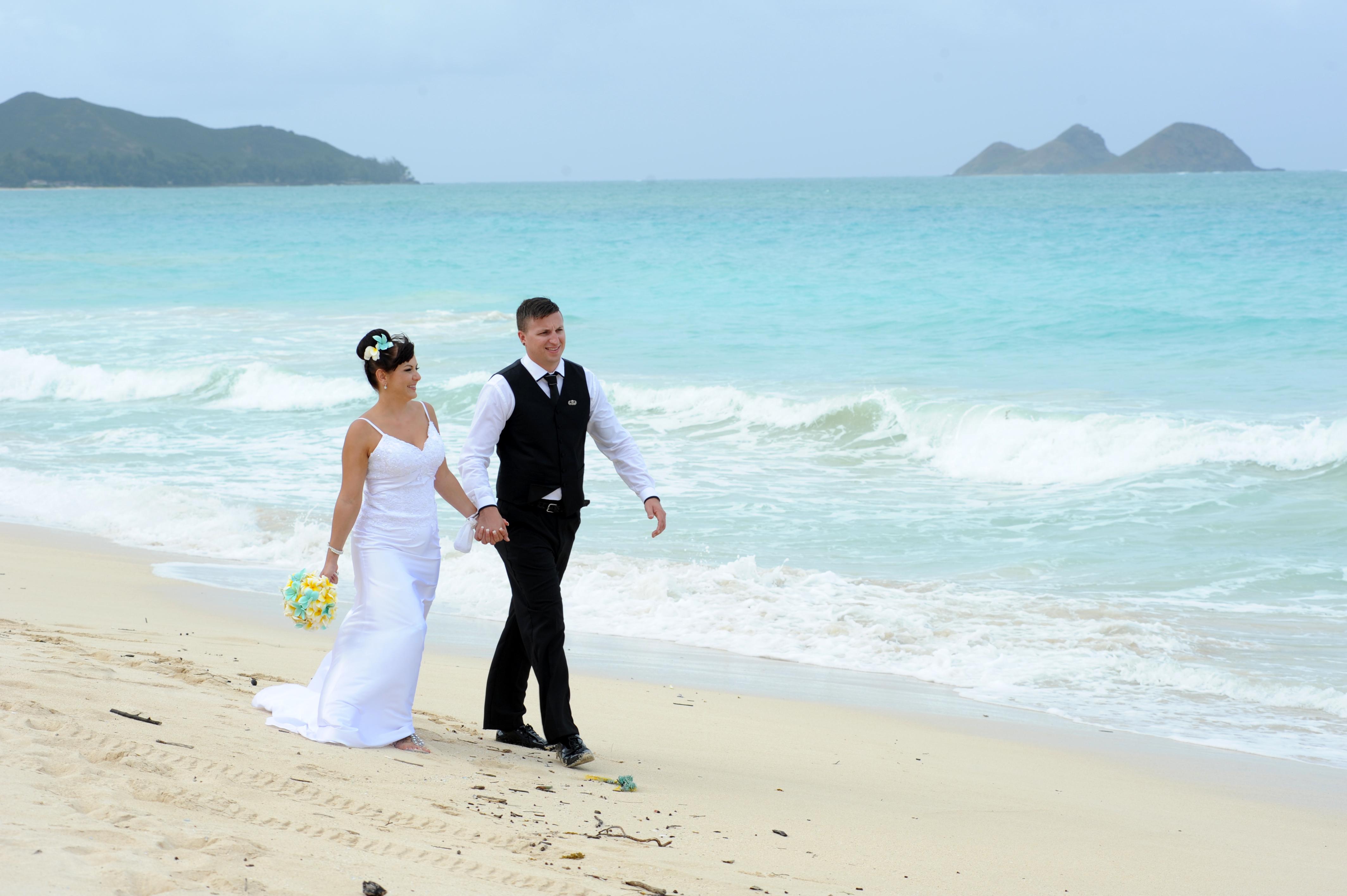Alohaislandweddings.com- Wedding Picture in Hawaii-37