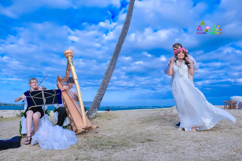 Waialae beach wedding-50