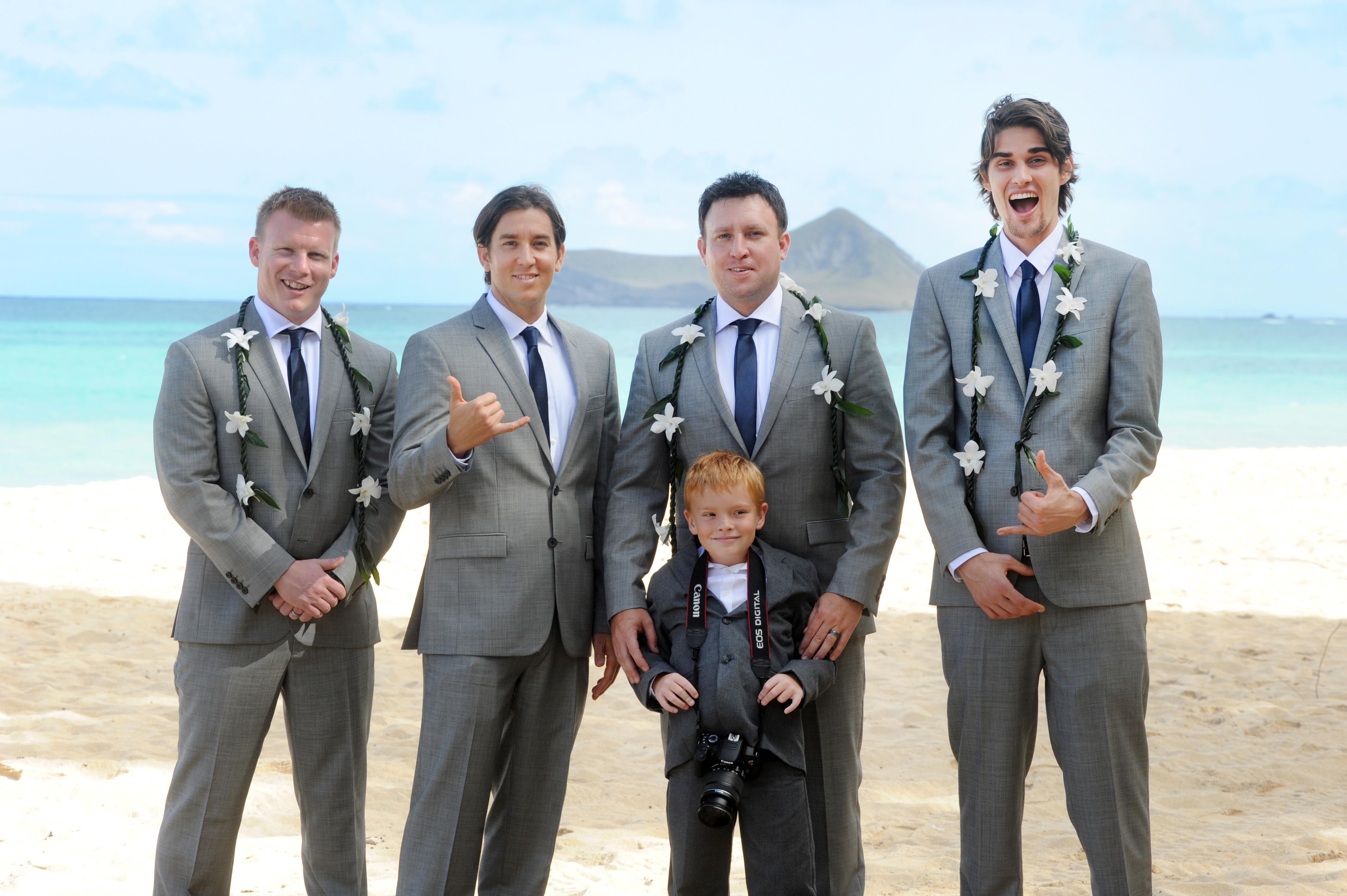 wedding In Hawaii -Bride -maids-4