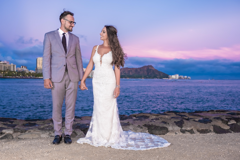 Magic island Hawaii beach wedding -6