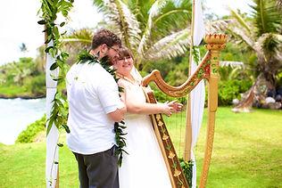 Hawaiian hula dancer for wedding in Hawaii