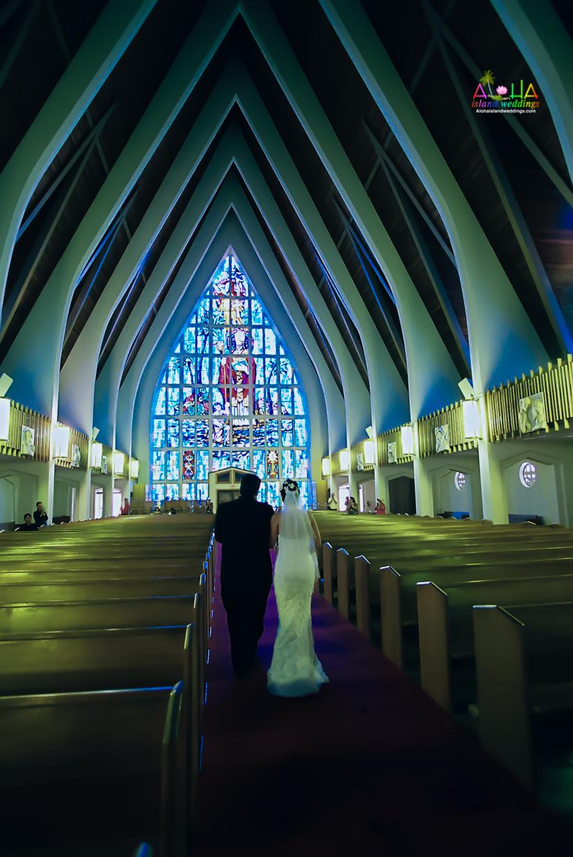 Hawaiian Church Wedding on Oahu-47