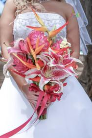 H&T-waimanalo-beach-weddings-1-4.jpg