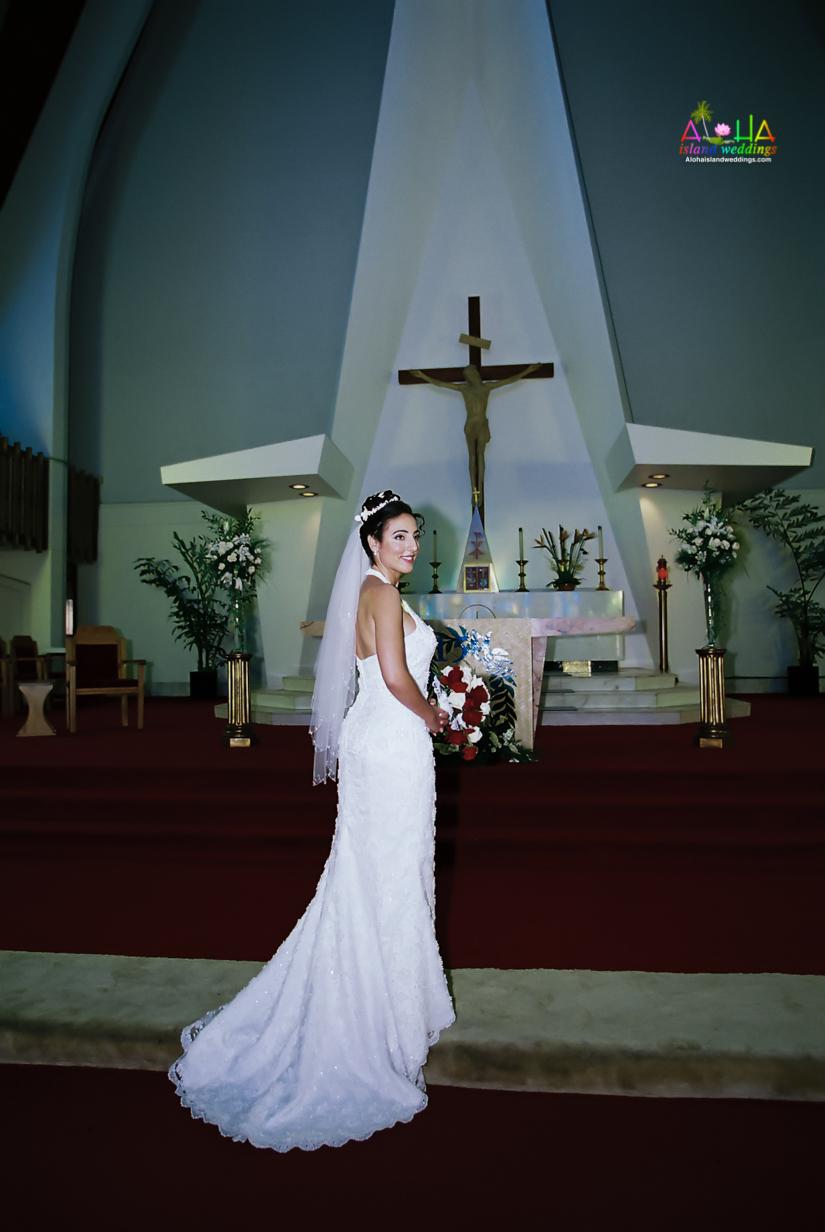 Hawaiian Church Wedding on Oahu-32