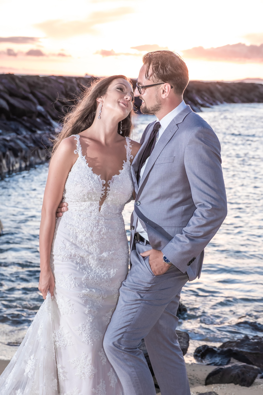 Magic island Hawaii beach wedding -33