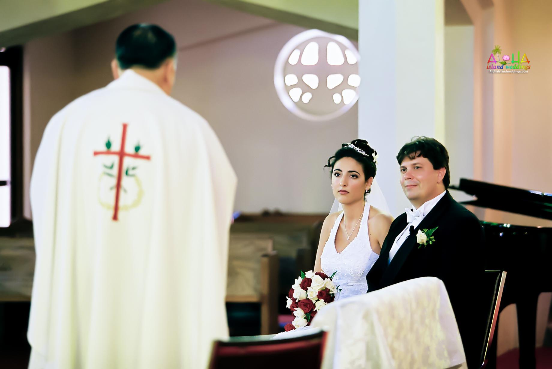 Hawaiian Church Wedding on Oahu-60