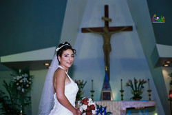 Hawaiian Church Wedding on Oahu-27