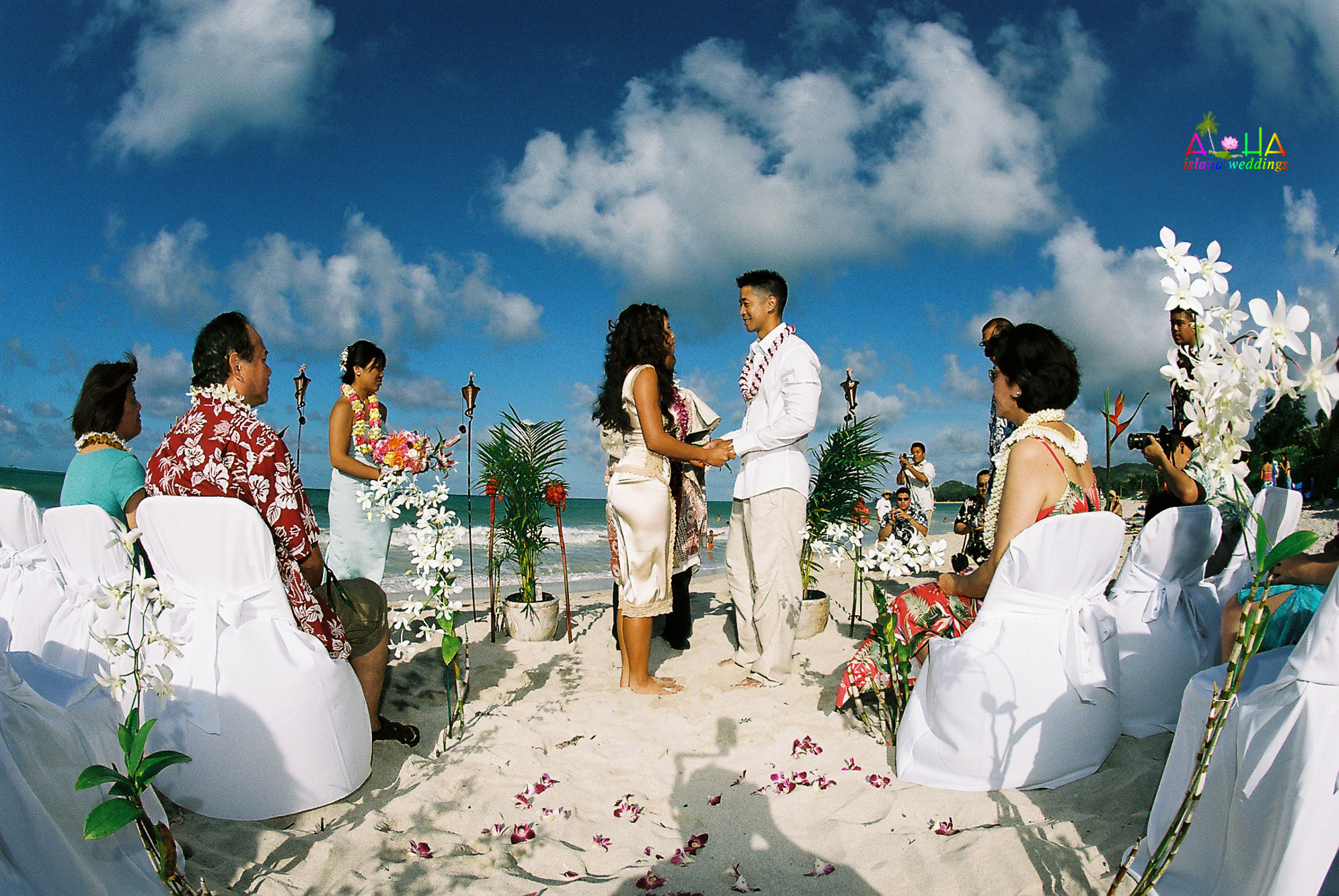 Beach wedding in Kailua-48