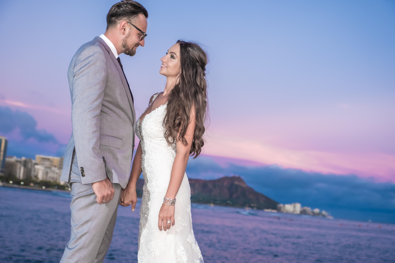 Magic island Hawaii beach wedding -8