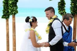 Alohaislandweddings.com- Hawaiian wedding in hawaii-94