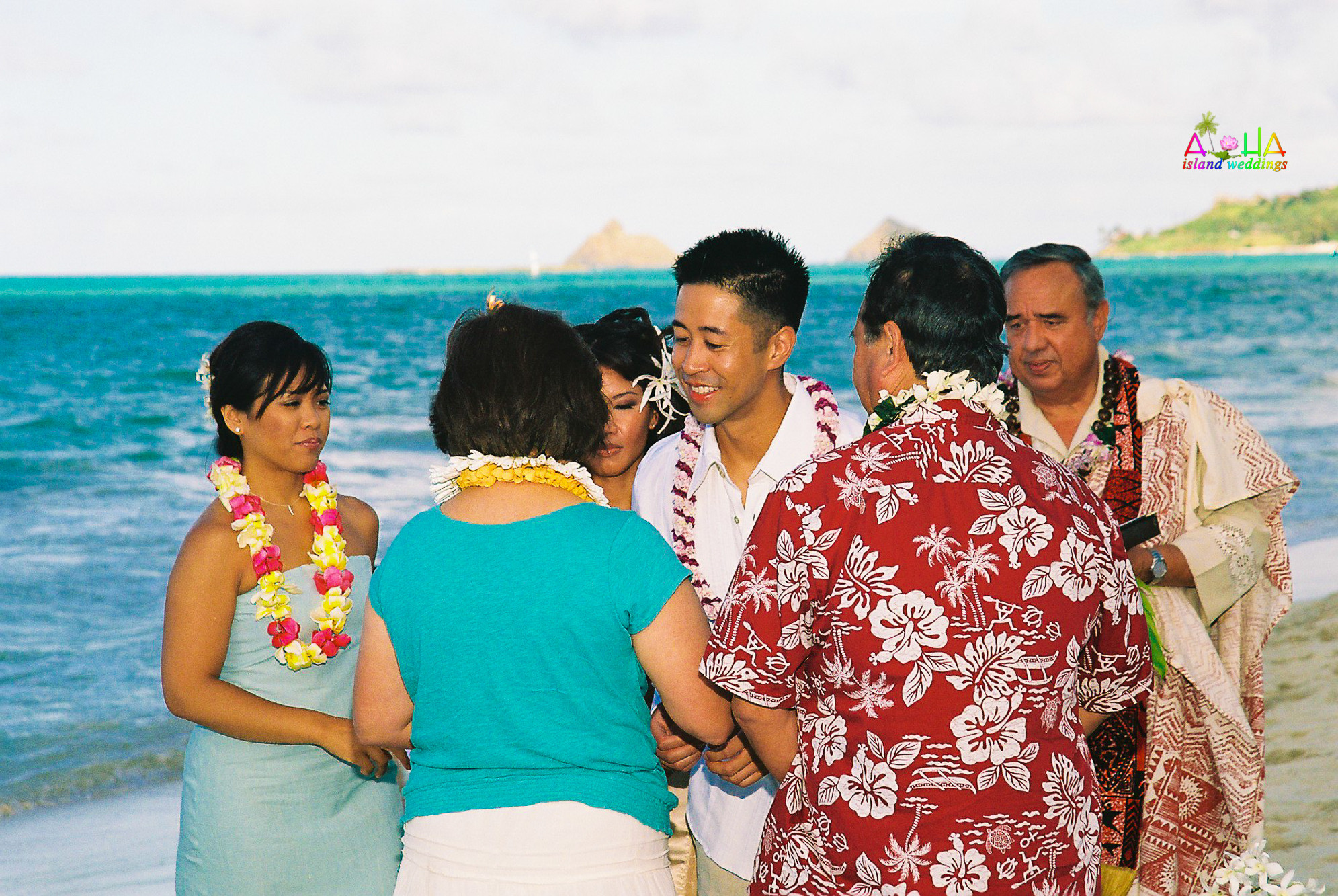Beach wedding in Kailua-54