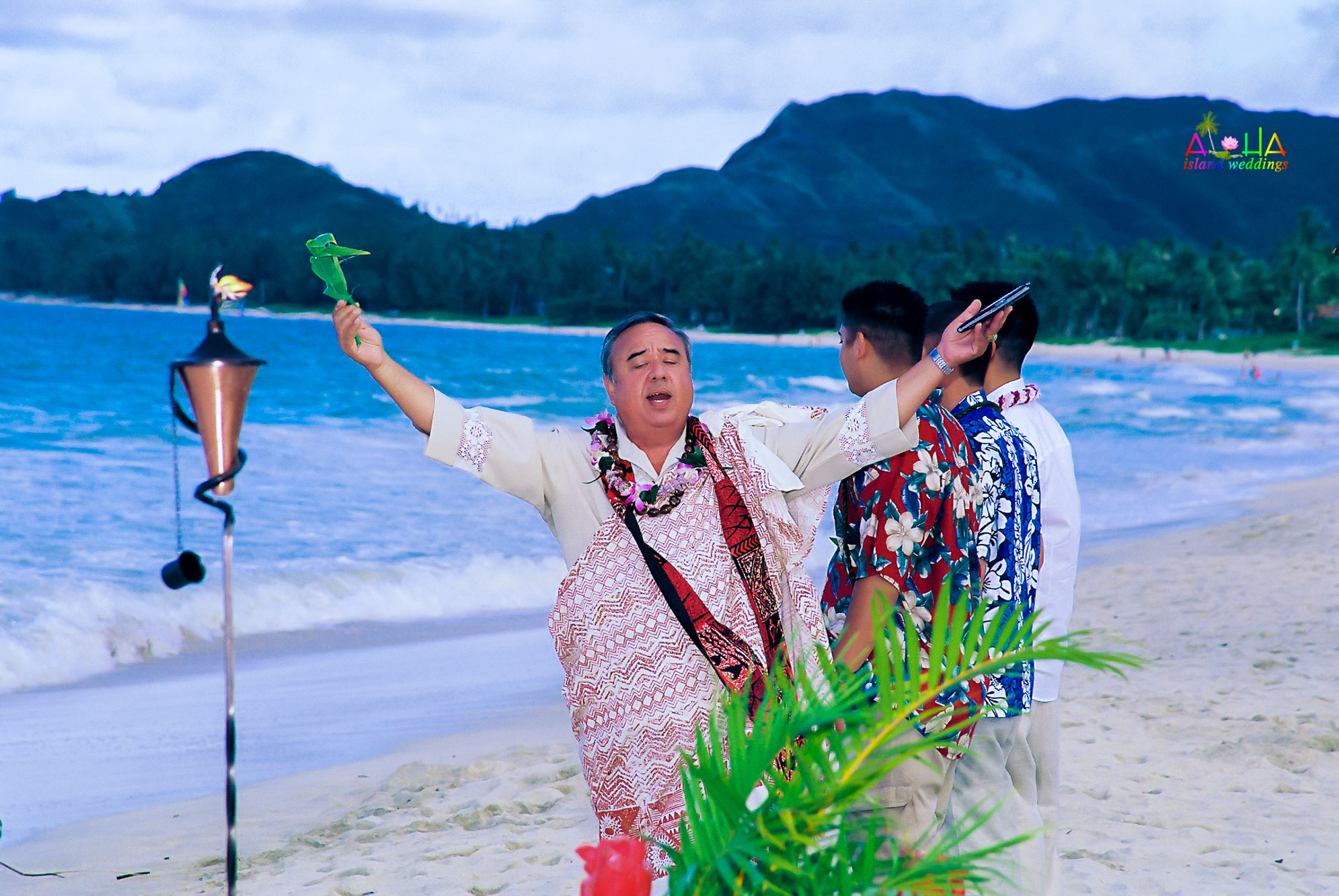 Beach wedding in Kailua-87