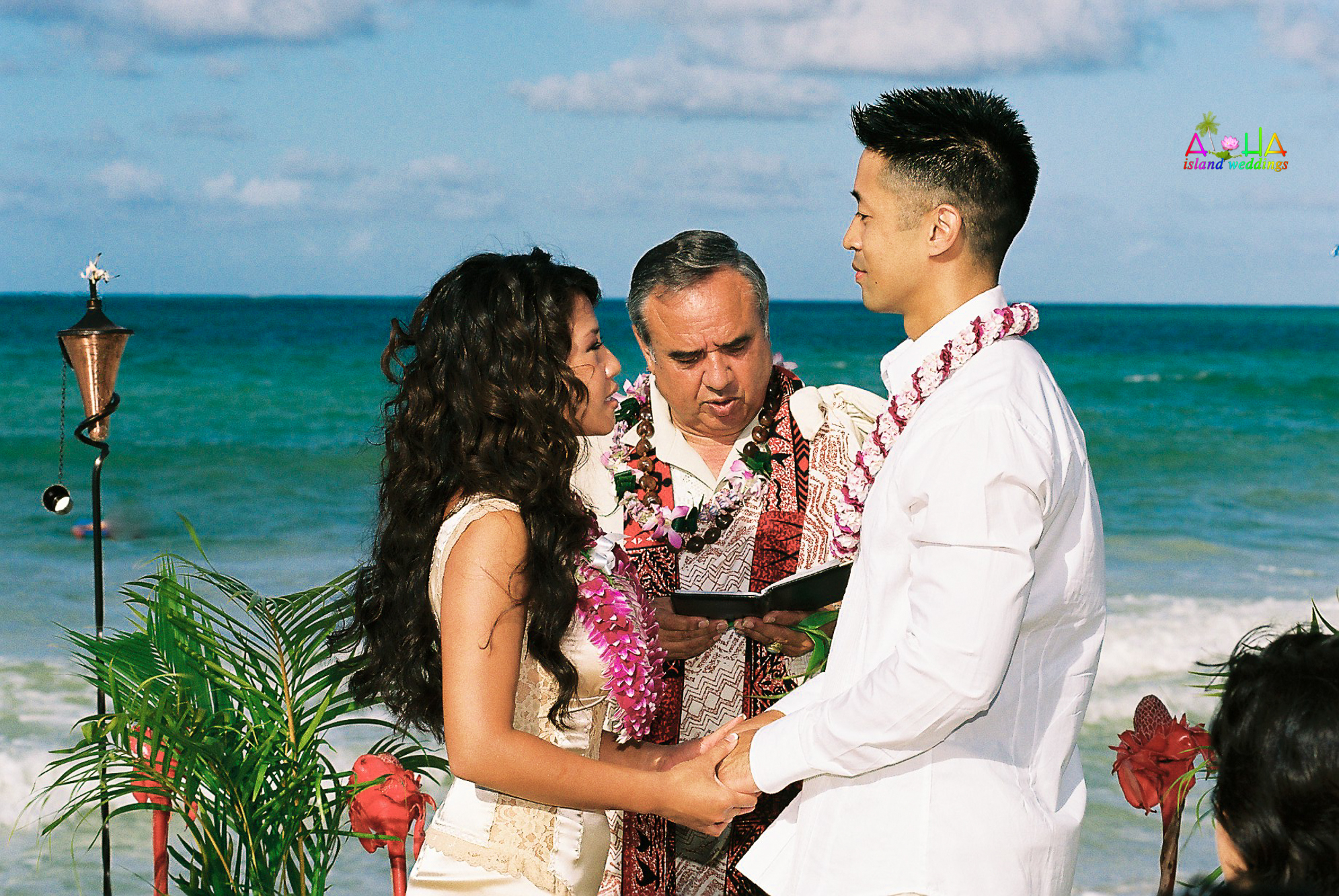 Beach wedding in Kailua-41