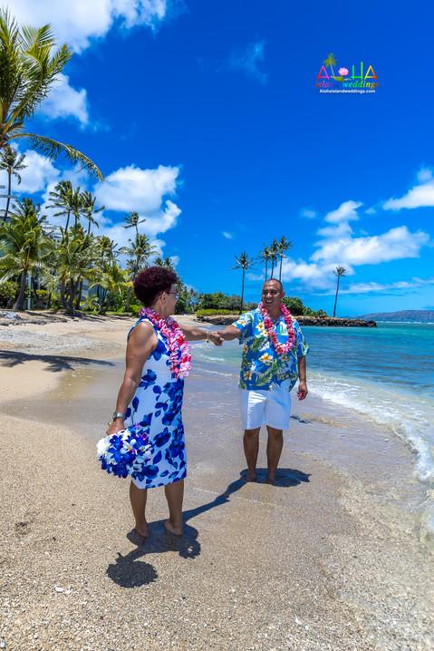 Kahala-resort-beach-in-Hawaii-2-116.jpg