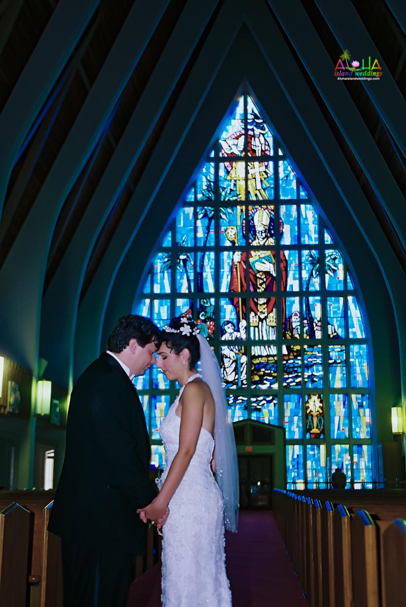 Hawaiian Church Wedding on Oahu-22