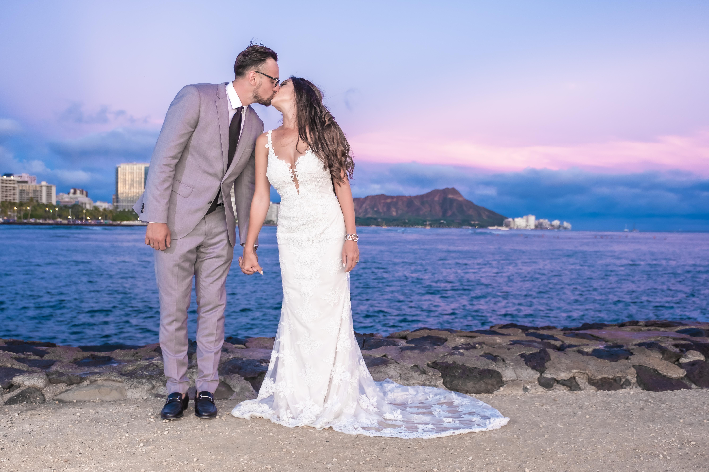 Magic island Hawaii beach wedding -5