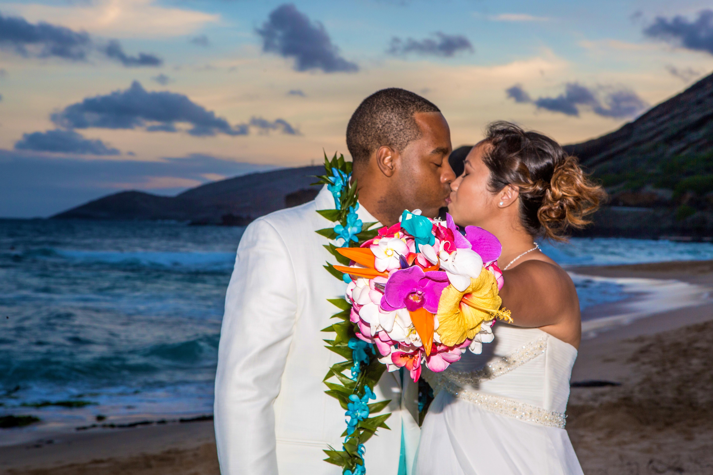 Alohaislandweddings.com- Ohana Oahu wedding-54