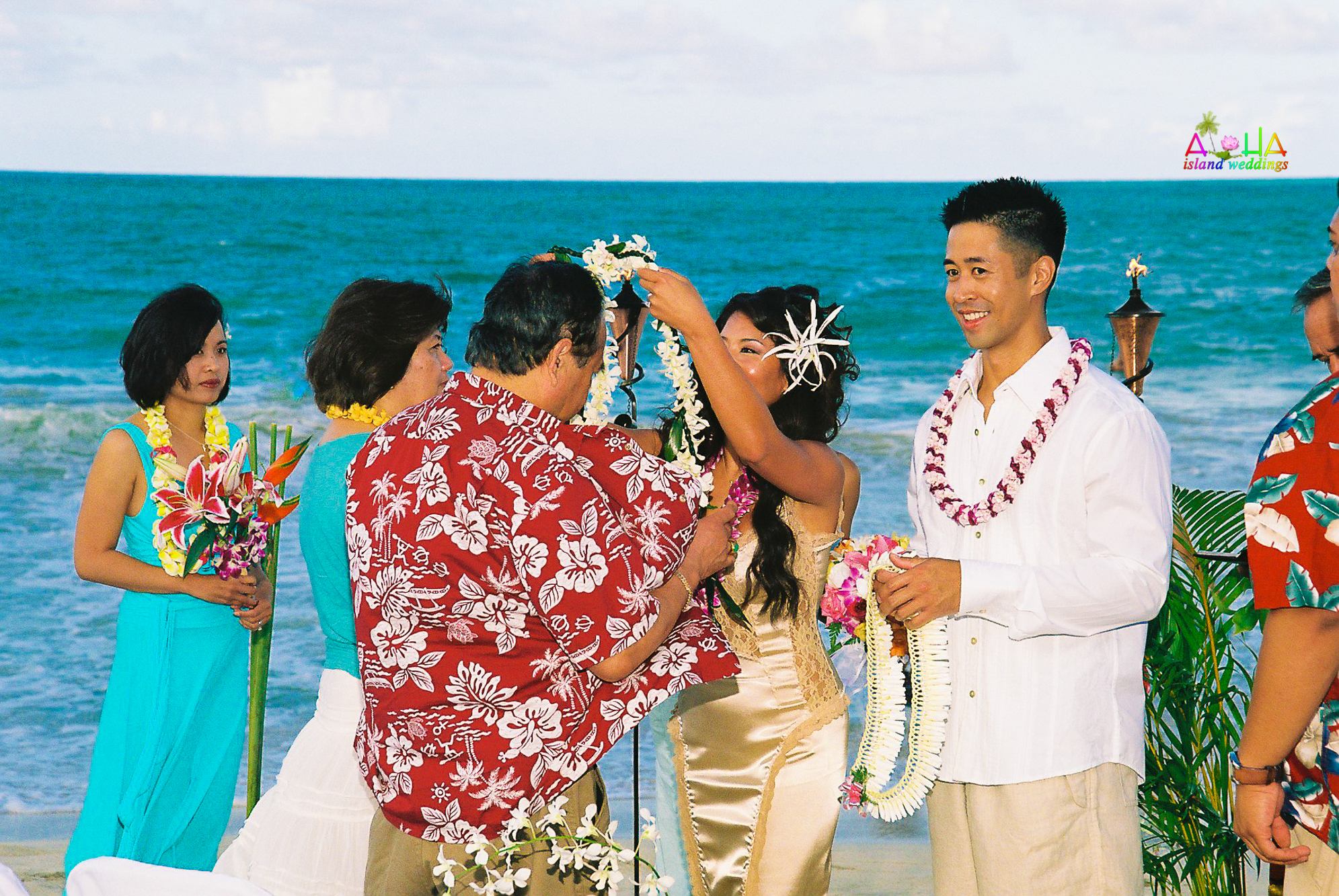 Beach wedding in Kailua-55