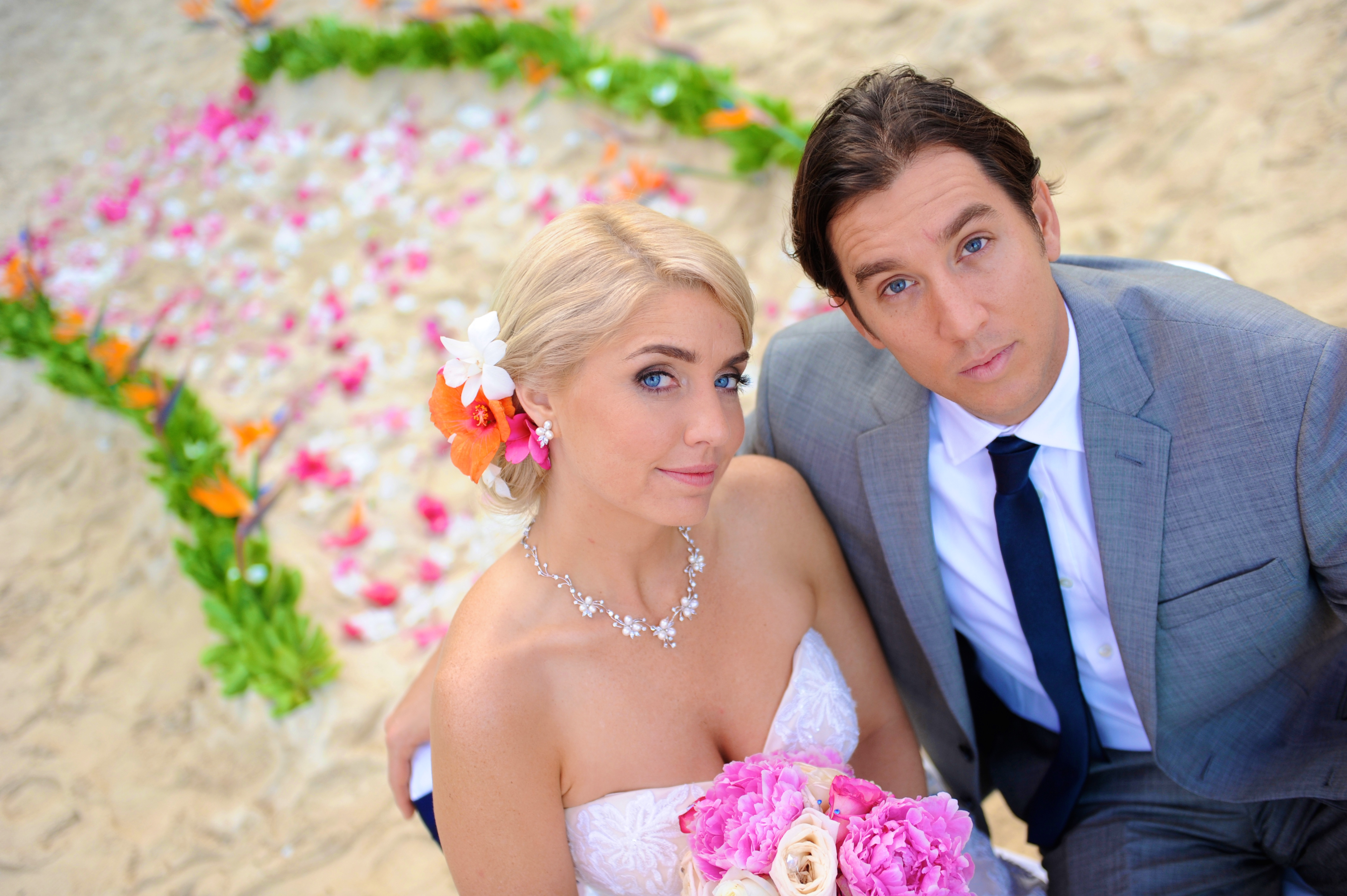 wedding In Hawaii with beautifull bride-41