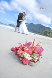 H&T-waimanalo-beach-weddings-1-61.jpg
