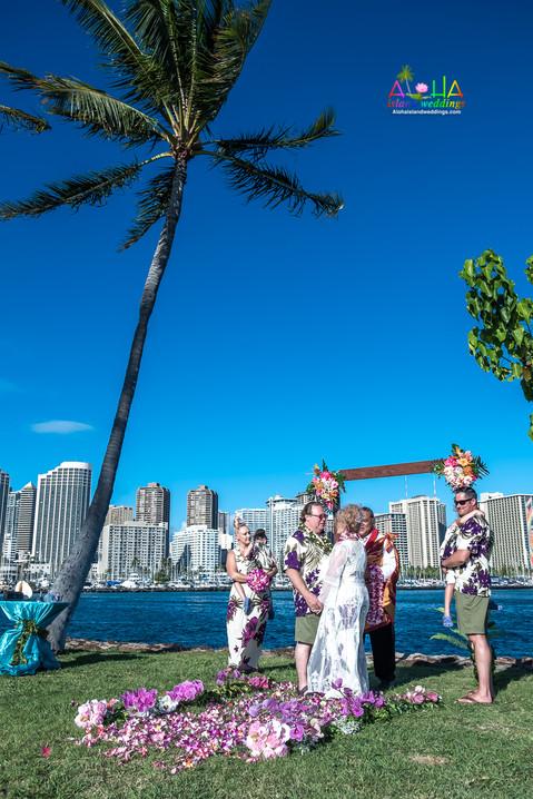 Vowrenewal-magicIsland-Hawaii-1-14.jpg