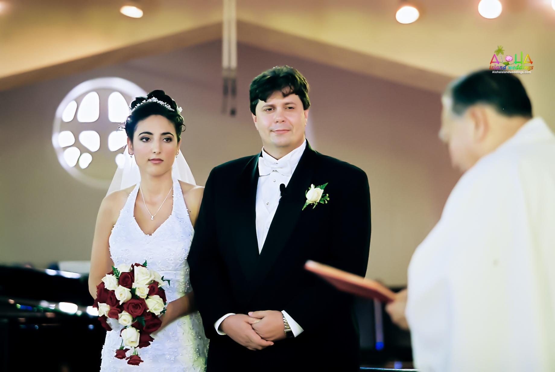 Hawaiian Church Wedding on Oahu-65