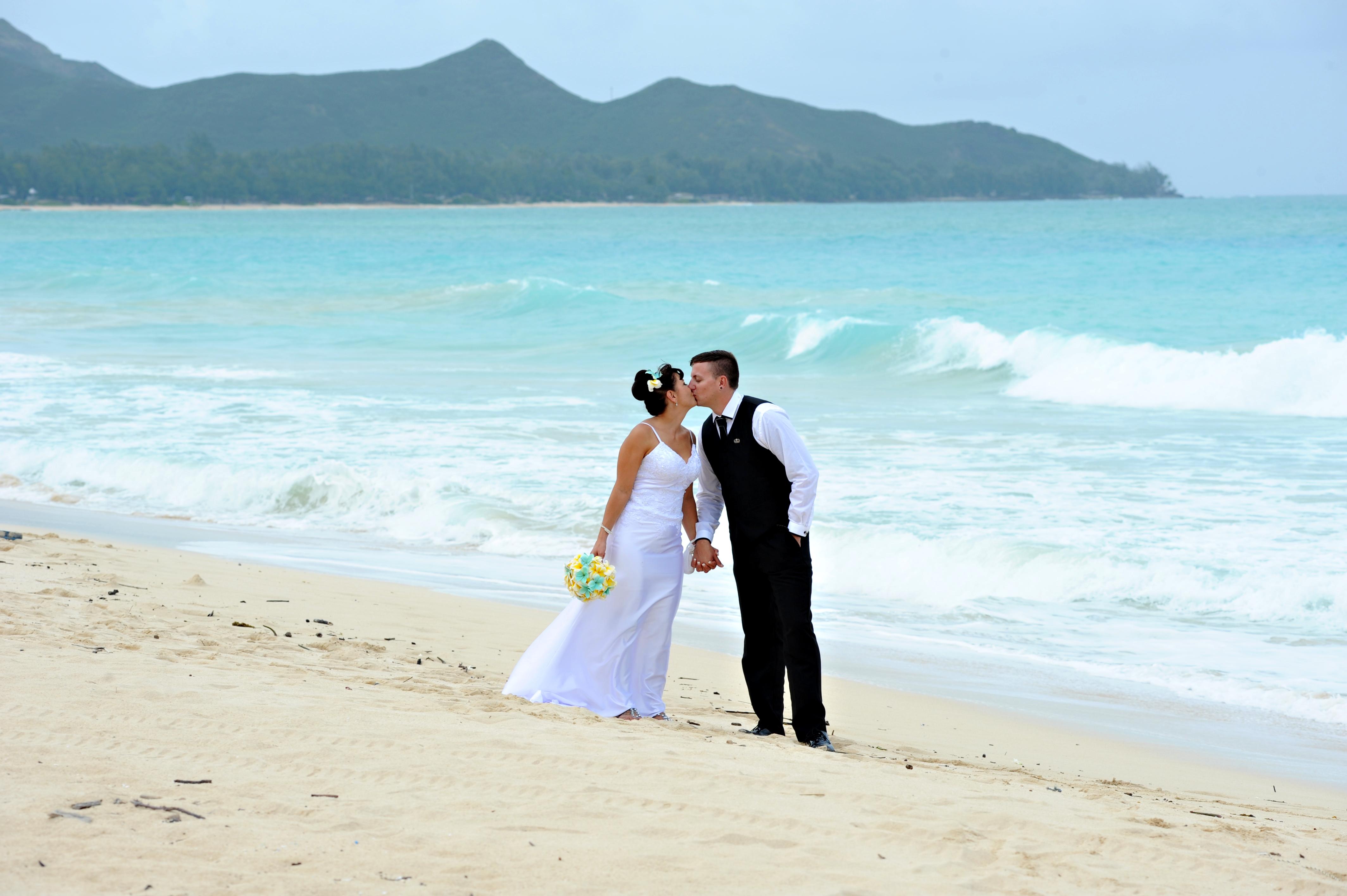 Alohaislandweddings.com- Wedding Picture in Hawaii-36