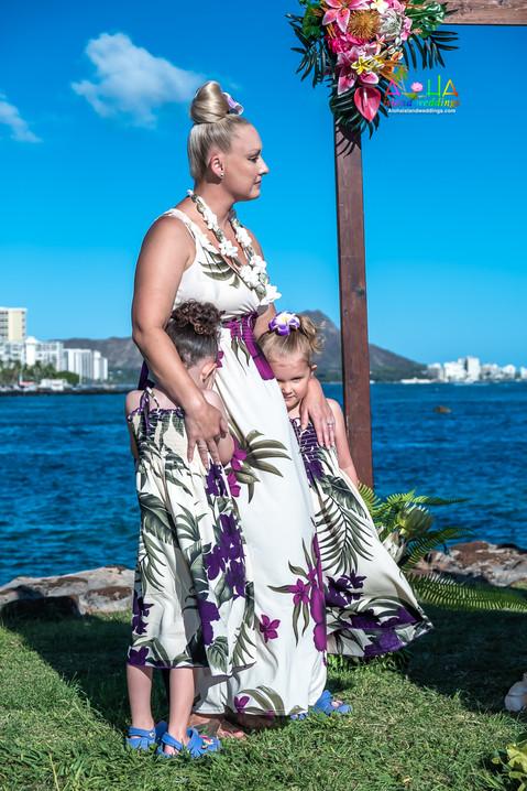 Vowrenewal-magicIsland-Hawaii-1-6.jpg