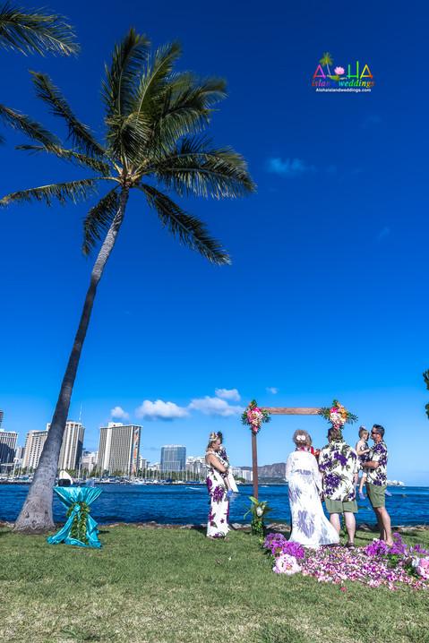 Vowrenewal-magicIsland-Hawaii-4-2.jpg