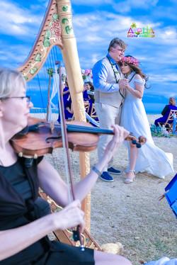 Waialae beach wedding-4