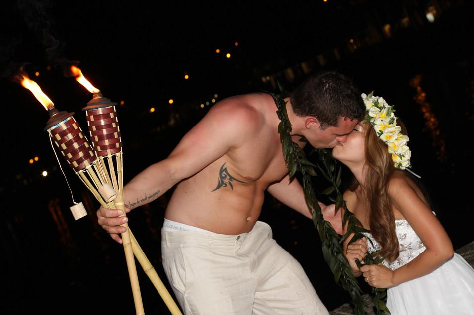 Waikiki Night 2-143.JPG