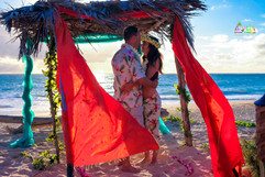 Sunrise-wedding-in-Hawaii-36.jpg