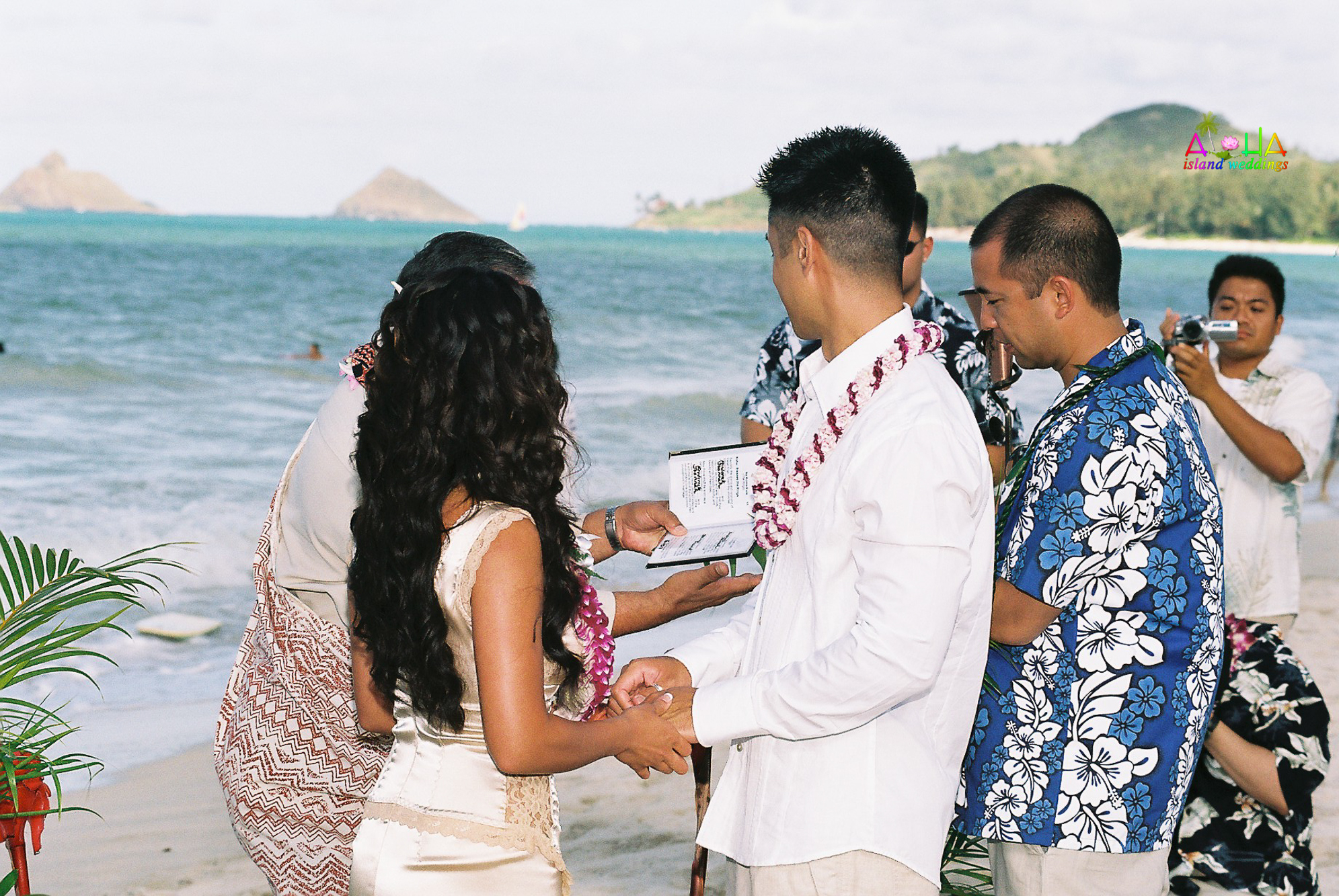 Beach wedding in Kailua-38