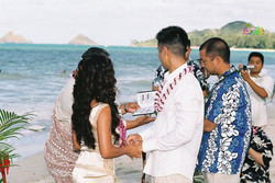 Beach wedding in Kailua-38