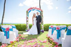 Hawaii wedding paradise cove 7