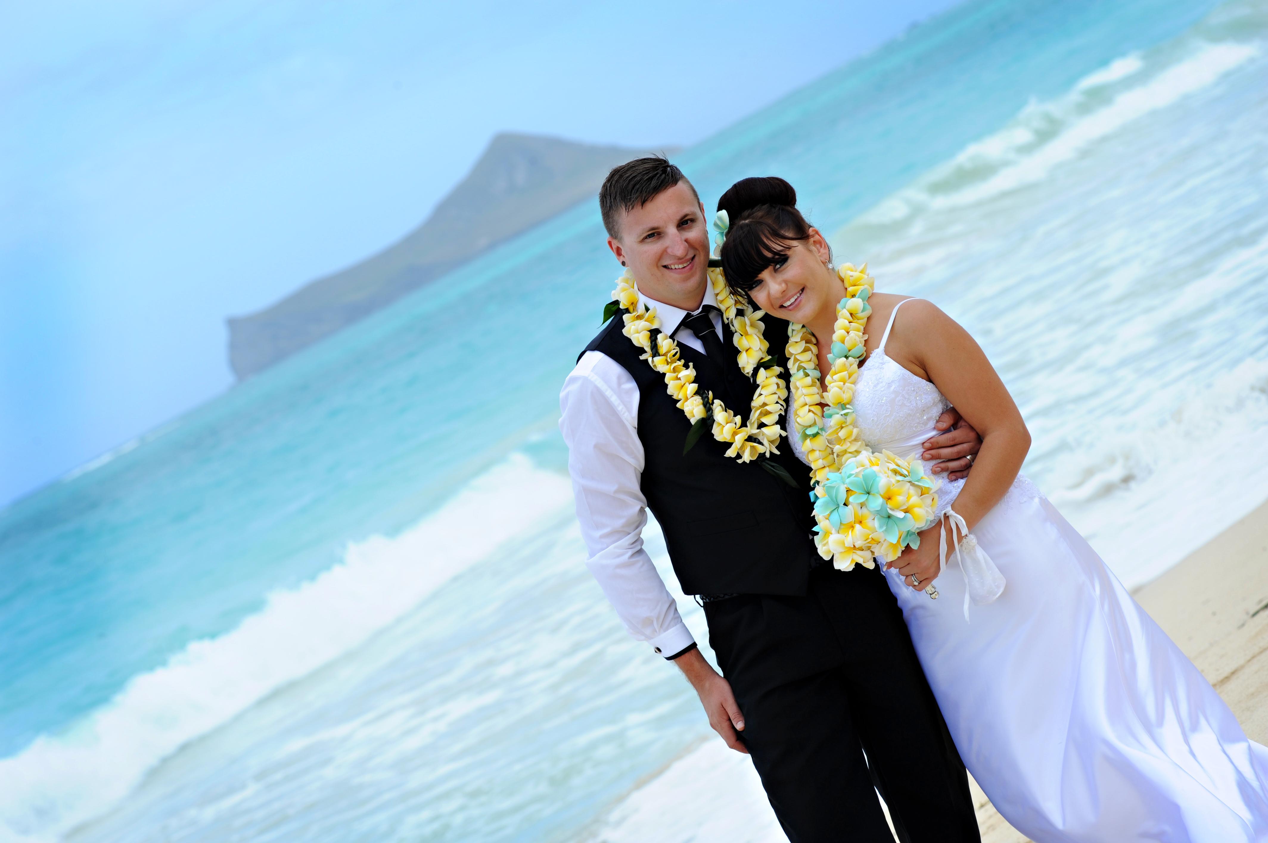 Alohaislandweddings.com- Wedding Picture in Hawaii-30
